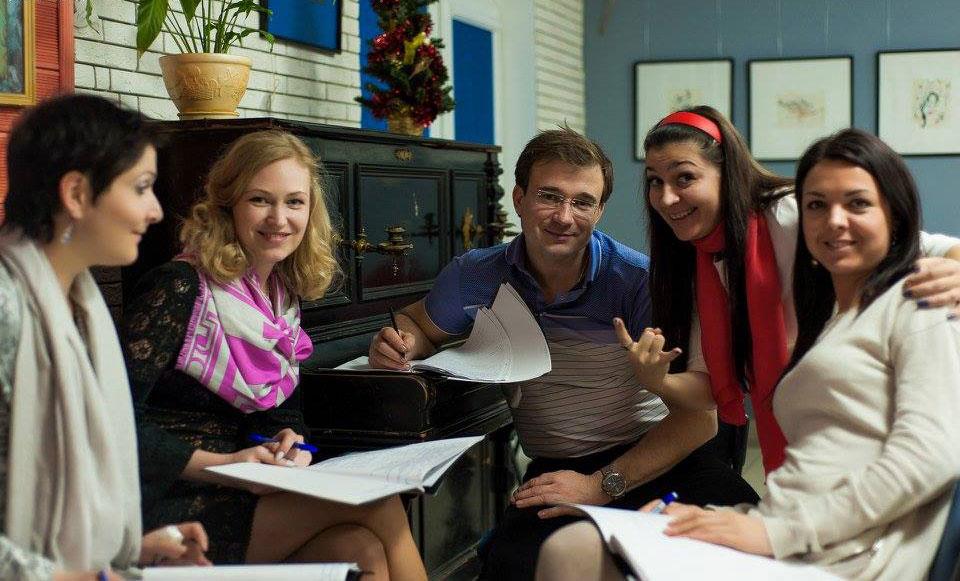 Kinder Garden: Novamova Language Schools And